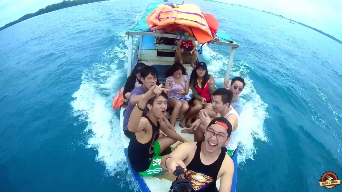 Menyebrang ke Pulau Harapan dari Pelabuhan Muara Angke